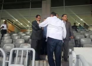مدير أمن الإسكندرية يتفقد استاد برج العرب قبل لقاء الأهلي والوداد