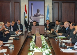 """مسؤولو """"مياه الإسكندرية"""" يقدمون """"كشف حساب"""" للمحافظ عن مواجهة الأمطار"""