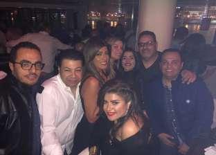 بالصور| عبير صبري تحتفل بعيد ميلادها مع زوجها وشقيقتها