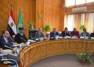 محافظ الإسماعيلية: القيادة السياسية مهتمة ببناء الإنسان وإثراء فكره