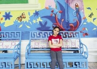 طلاب «فنون جميلة» يجمِّلون ساحة انتظار الأطفال فى بنك الدم: ارسم ضحكة على الشبابيك