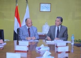 وزير النقل ومحافظ القاهرة يبحثان الاستغلال الأمثل لأصول الدولة فى حرم «السكة الحديد»