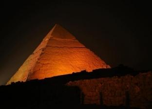 باحث في علوم المصريات: مصر تحظر أداء الطقوس أمام الآثار والأهرامات