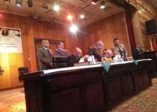 وزير القوي العاملة من المنيا: نسعى لتدشين مليون مشروع صغير في مصر