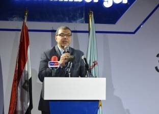 «عبدالفتاح»: الجهات الحكومية ستصرف رواتب يوليو مبكراً