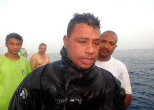 بالصور  غواص مصري يغوص 120 ساعة تحت الماء بدهب