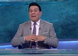 """مذيعان بـ""""النيل للرياضة"""" يعتذران على الهواء بسبب تعليق مدحت شلبي"""