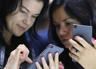 موقع أمريكي يحذر من شراء هواتف ذكية