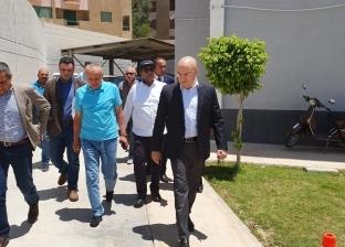وزير الإسكان في زيارة مفاجئة لمتابعة مشروعات مدينتي وأكتوبر الجديدة