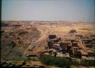 """شهود عيان يروون تفاصيل سقوط عقار منشأة ناصر: """"كان متسند على عروق"""""""