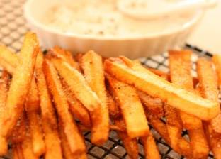 """قصة البطاطس المقلية.. بين """"خطأ"""" الطباخ البلجيكي ووصف """"الشيف"""" الفرنسي"""