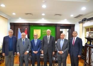 رئيس جامعة الإسكندرية يستقبل سفير سلطنة بروناي لبحث التعاون