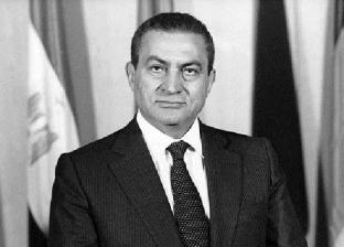 جدل حول مذكرات حسني مبارك.. وسمير فرج: 54 ساعة مسجلة بحوزة جمال