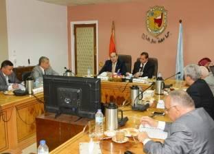 محافظ سوهاج يشهد اجتماع مجلس الجامعة في جلسته الأخيرة
