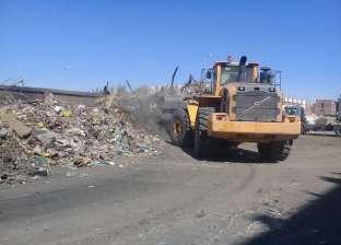 بالصور| محافظ السويس يوجه بتكثيف حملات رفع القمامة