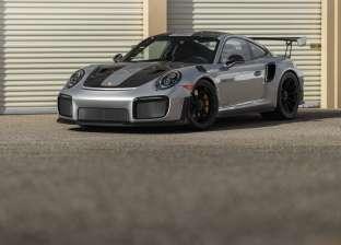 """شاهد.. سيارة """"911 GT2 RS"""" الأغلى في فئة البروش"""