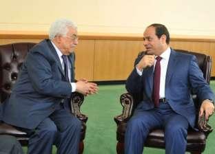 السيسي يؤكد لأبو مازن استمرار جهود مصر في دعم القضية الفلسطينية