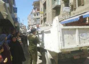 """""""أمن الجيزة"""" تشن حملة لإزالة الإشغالات بالمنطقة الأثرية في الهرم"""