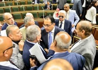 """اللجنة العامة بالبرلمان توافق على """"الطوارئ"""" وتستعرض """"التجارب السريرية"""""""