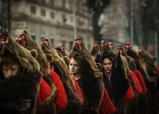 """""""الدببة"""" تغزو شوارع رومانيا احتفالا برأس السنة"""