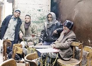 الباعة على مقهى فى شارع عبدالعزيز: لو مفيش زبون بنشترى من بعض