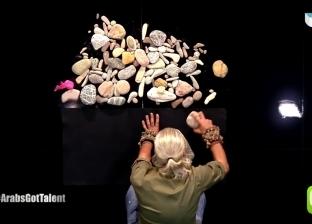 فيديو| متسابق سوري يُبكي لجنة تحكيم «آراب جوت تالنت» بلوحة من الحجارة