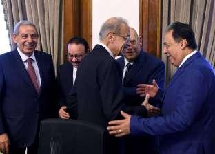 اليوم الأول لـ«حكومة تسيير الأعمال»: الوزراء يؤدون مهامهم دون تغيير.. وهدوء وترقب بـ«الدواوين»