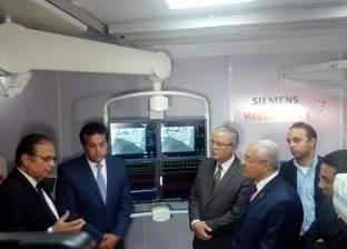 «عبدالغفار» يطالب المجتمع المدنى ورجال الأعمال بدعم المستشفيات