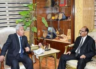 محافظ أسوان يؤكد للقنصل السوداني اهتمامه بدعم التجارة بين البلدين