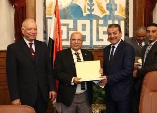 تكريم 7 رؤساء أحياء بالقاهرة لجهودهم في ترشيد استهلاك المياه