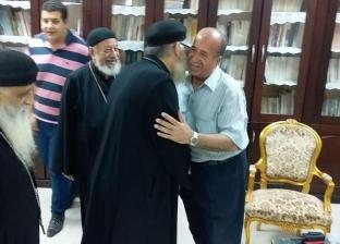 بالصور| رئيس حي الزيتون يهنئ المسيحيين برأس السنة القبطية