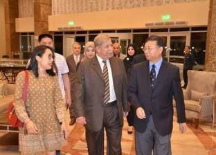 محافظ الإسماعيلية يبحث الفرص الاستثمارية مع قنصل الصين بالإسكندرية