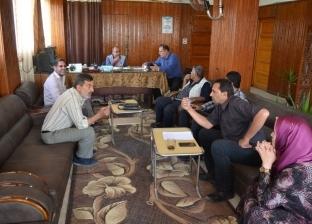 بالصور| رئيس مدينة بلطيم يطالب رؤساء القرى بتنفيذ خطة مجابهة السيول
