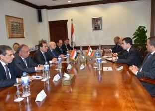 الملا ووزير الطاقة اللبناني يبحثان التعاون المشترك
