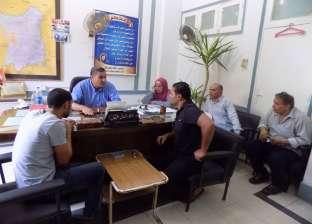 نائب رئيس مدينة ميت غمر يعقد الاجتماع الأسبوعي لحل مشاكل المواطنين