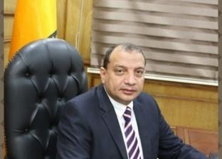 """رئيس جامعة بني سويف يكرم الحاصلين على براءة اختراع في """"تحلية المياه"""""""