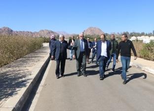 فوده يستعرض مقترحات استغلال القرية البدوية في السياحة الثقافية