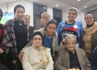 """70 سنة حب..حسين قدري لـ""""الوطن"""": أعيش أسعد لحظات حياتي مع زوجتي الرابعة"""