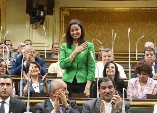 بالتواريخ  تكريمات قبة البرلمان في عام: أوائل وأمهات وأبناء عاملين