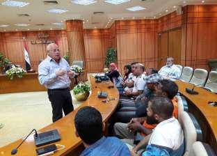 محافظ بورسعيد لمسؤولي شركات النظافة ورؤساء الأحياء: لا مكان للمقصرين