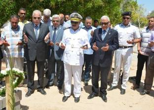 محافظ جنوب سيناء يزور قبر الرائد سامح مدحت