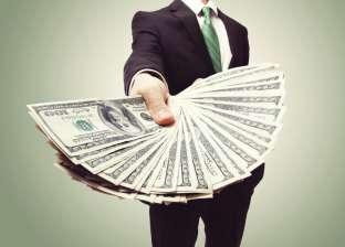 سوري يتهم موظفا وزوجته بالنصب عليه في 279 ألف دولار بالفيوم