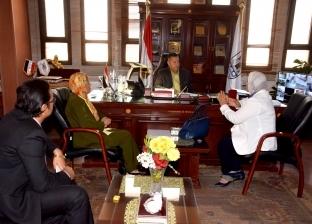 محافظ بني سويف يبحث مع رئيس إقليم القاهرة تفعيل دورقصور الثقافة
