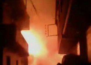 15 سيارة إطفاء للسيطرة على حريق في عدة منازل بعد مقتل سيدة بالشرقية