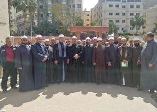 أئمة الأوقاف بالإسكندرية يشاركون في الاستفتاء باليوم الثاني