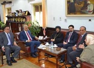 """رئيس جامعة الإسكندرية: """"الدراسات القبطية"""" يؤكد الهوية المصرية"""