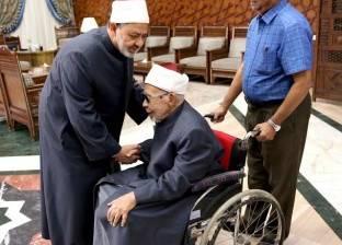 بالصور  9 معلومات عن الشيخ معوض إبراهيم أكبر معمر أزهري على الأرض