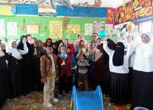 """زيارة طلاب معهد """"فتيات الحمام"""" للمدرسة الفكرية بالمدينة"""