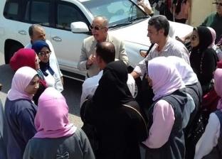 """محافظ البحر الأحمر يوفر سكنا لطالبات التمريض بـ""""رأس غارب"""""""