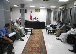 جلسة تشاورية لتحديد احتياجات قرى مدينة البلينا في سوهاج
